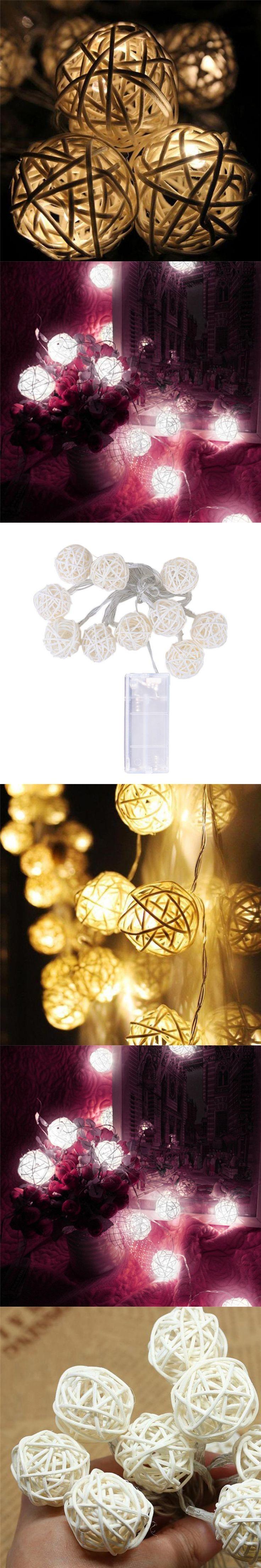 Tolle Weiße Weihnachtsbeleuchtung Mit Weißem Draht Bilder ...