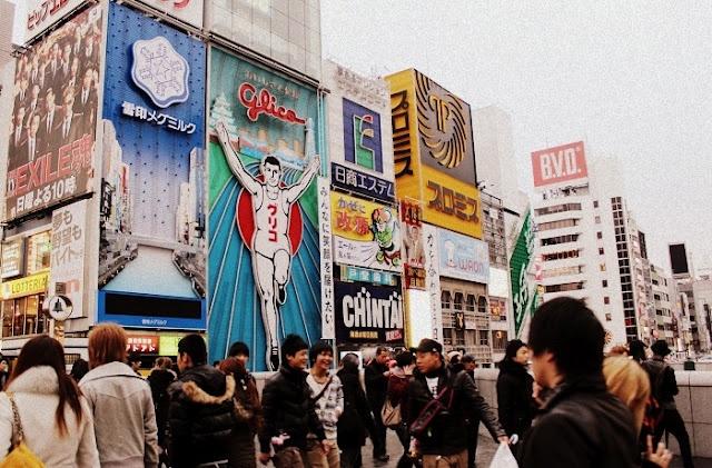 The Glica man seen from Ebisubashi Bridge in Namba, Osaka