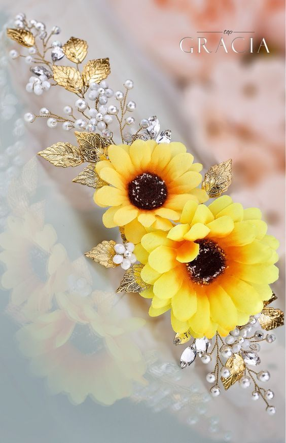 HYPATIA Yellow Sunflower Bridal Headpiece Fall Wedding Flower Crown Autumn Halo by TopGracia #topgraciawedding #bridalhairaccessories #fallwedding #sunflower #wedding #weddingideas #weddings #weddingdresses #weddingdress #bridaldress #bridaldresses #fallweddingflowers
