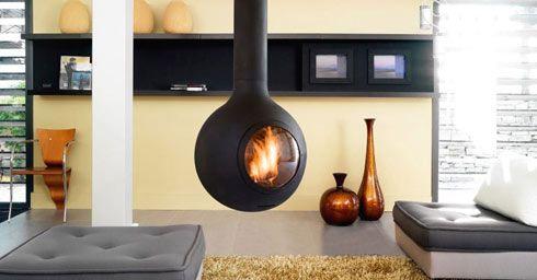 Het kiezen van sfeerverwarming begint bij de keuze voor de brandstof: hout, gas of elektrisch.