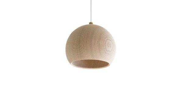 Med Lune pendel skapar Brdr. Krüger en ny riktning för sina nutida designikone…