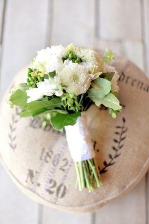 Modern Barn Wedding at Southall Eden « Southern Weddings Magazine