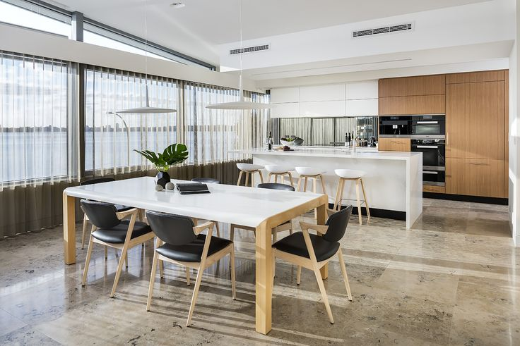 Light and bright kitchen/ dining. Designer: Greg Davies Architects, Builder: Urbane Projects