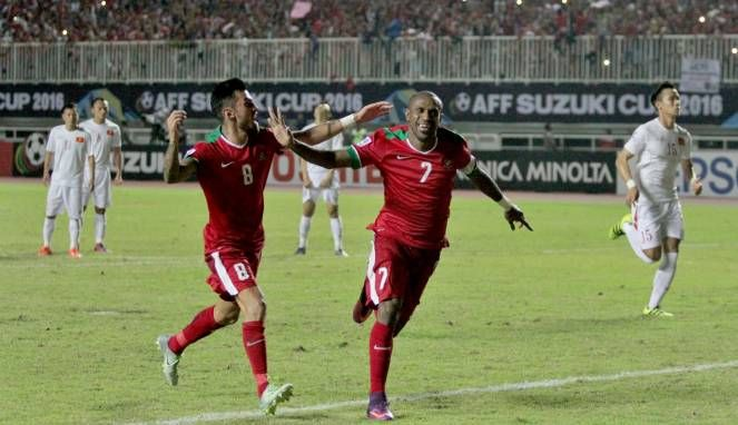 Perjalanan timnas Indonesia untuk terus berlaga di Piala AFF 2016 patut diapresiasi oleh masyarakat Indonesia, timnas yang diasuh oleh Alferd Riedl tahap demi tahap telah dilalui hingga akhrinya masuk final setelah menahan imbang Vietnam 2-2 pada laga Leg 2 semi final piala AFF 2016, dengan hasil imbang ini Indonesia berhasil menumpulkan angka 4 setelah pada Leg 1 timnas Indonesia mengalahkan Vietnam 2-1 dengan perhitungan angka Indonesia vs Vietnam (4-3).