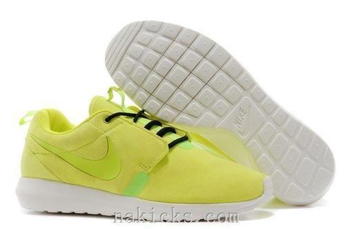 watch 59011 c5b2d Nike Roshe Run Yellow   shoes   Pinterest   Nike roshe, Roshe and Discount  shoes