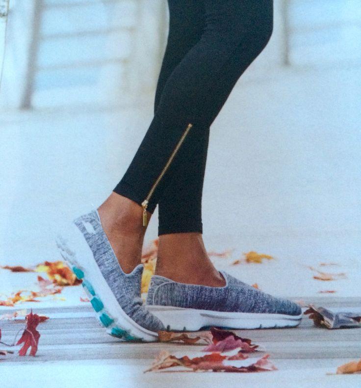 Air Walker Tennis Shoes
