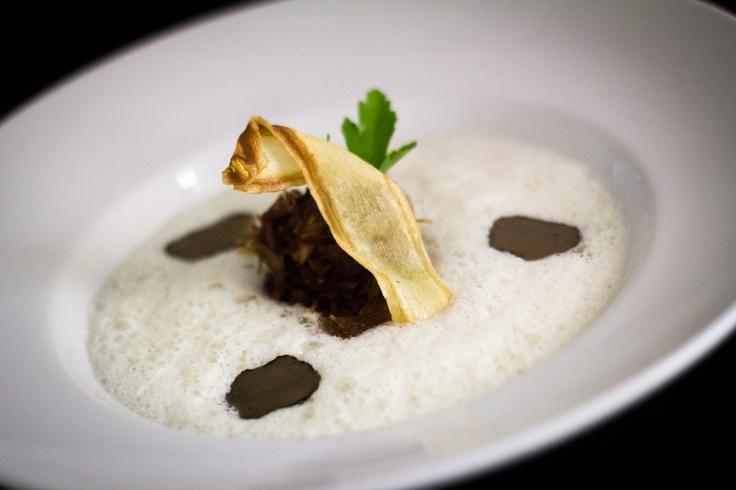 "Valentine's day menu / Epopey / Parsley ""Cappuccino"" with glazed duck and slices of black truffle  Petrželové ""Cappucino"" s glazovaným kachním masem a plátky černého  lanýže"