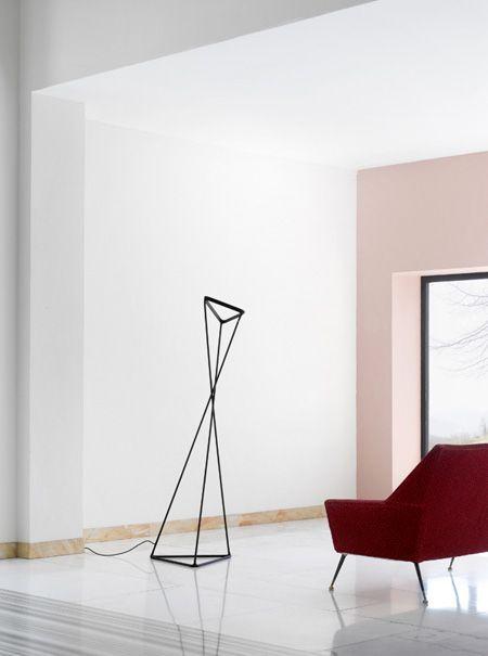 Luceplan vloerlamp D77NT Tango door Francisco Gomez Paz   Designlinq