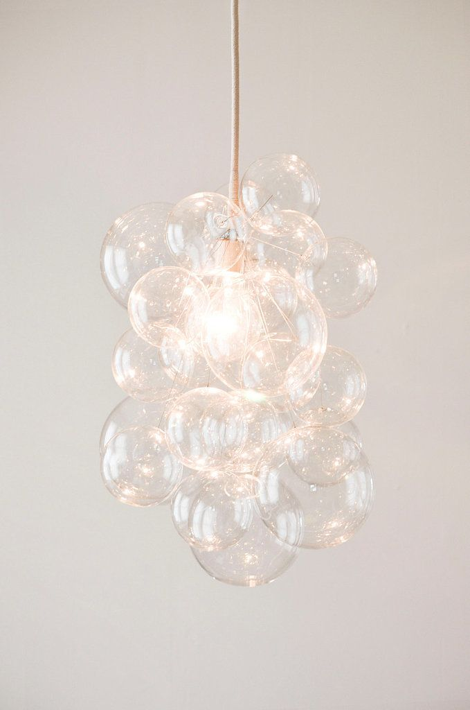 d i y bubble chandelier http://www.casasugar.com/DIY-Bubble-Chandelier-8478784