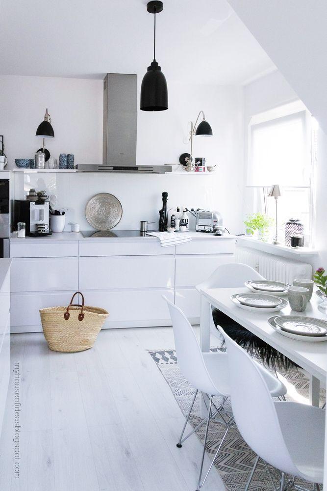 30 кухонь в чёрно белом цвете классика н