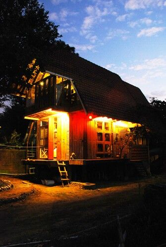 Rumah baca cimot, indonesian architecture. Design by Yoshi Fajar