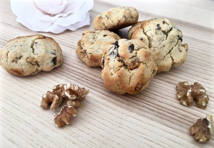 Chocolate Chip Cookies | Deliciously Healthy