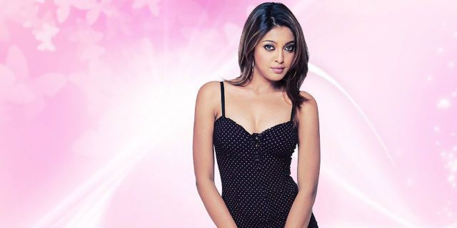 Tanushree Dutta Sexy   Photoshoot