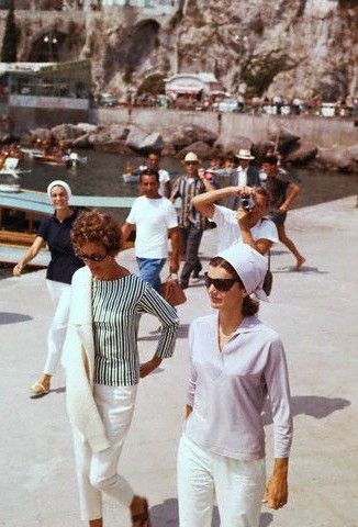 Marella Agnelli and Jackie Kennedy, 1962.