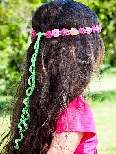 Summer Girl – crocheted headband, de Monika Sirna. http://www.ravelry.com/patterns/library/summer-girl---crocheted-headband