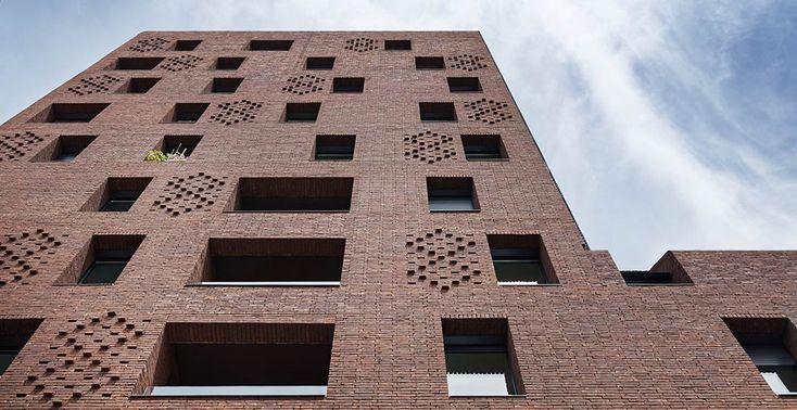 38 Social Housing Units & a Retails Space / Avenier Cornejo