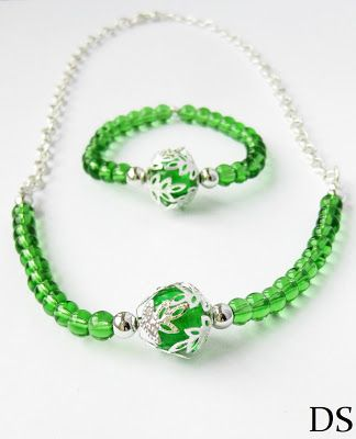 necklace green silver  and bracelet  http://ds-4-kunst.blogspot.com/2015/05/komplet-zielony-event.html