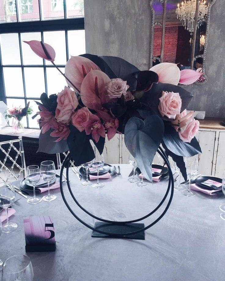 215 отметок «Нравится», 6 комментариев — Concept | Decor | Flowers (@krisnekrasova) в Instagram: «Для Саши и Тани Planner @milevskyevent Bride @tanchikki Groom @shurupp Concept Decor Flowers…»
