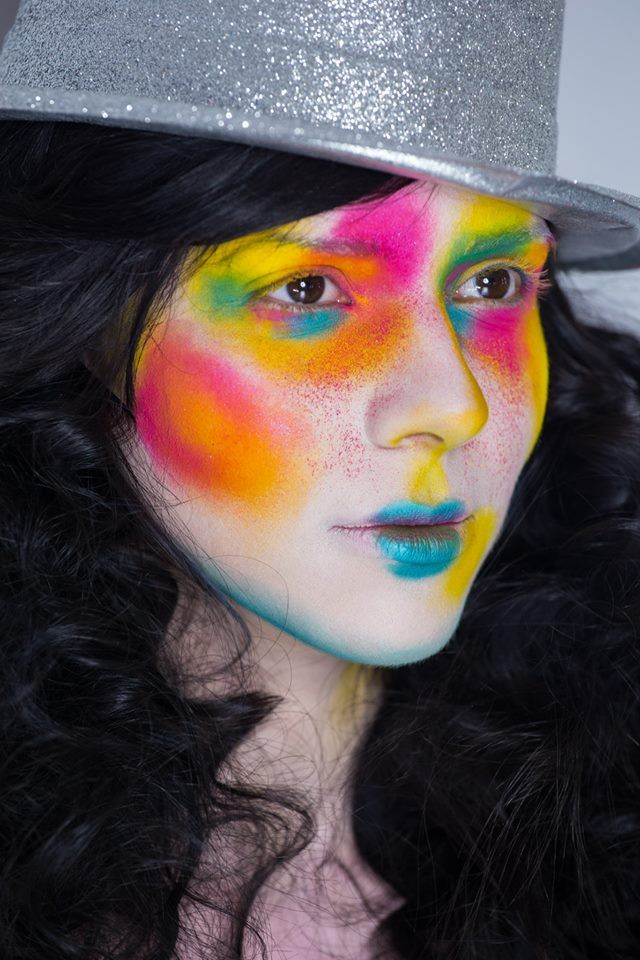 Bright creative color make-up   Look created by Diana Ionescu, makeup artist and trainer @ Diana Ionescu Makeup Studio www.dimakeupstudio.ro https://www.facebook.com/dimakeupstudio/