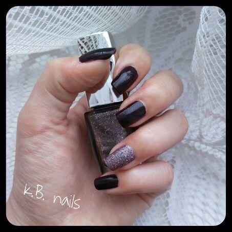 #Nails #Avon Midnight plum #Goldenrose Holiday n.54