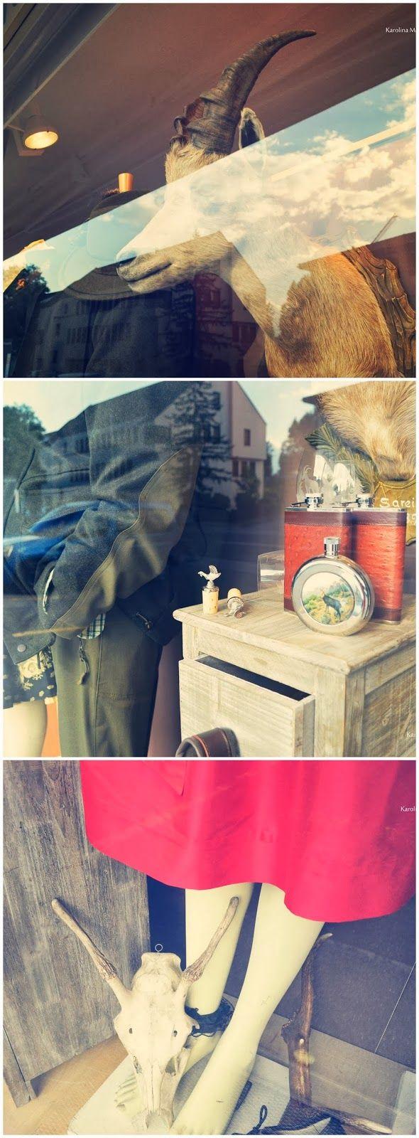 Trachten, Liechtenstein- Window shopping, vogue