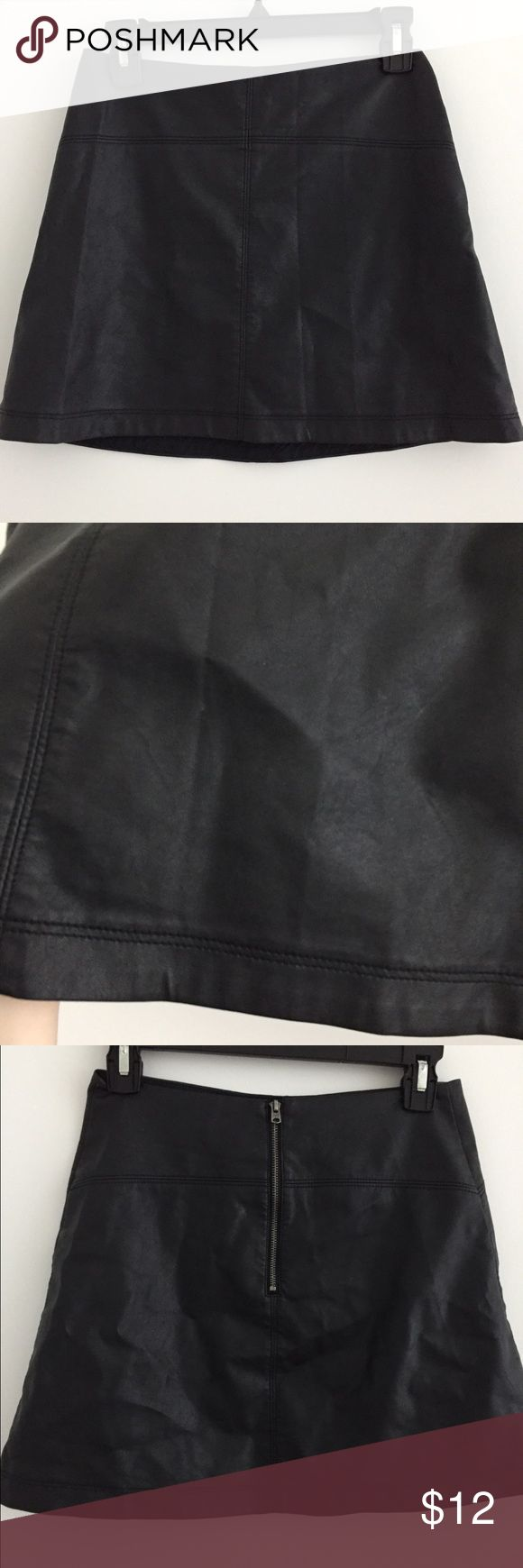 Abercrombie and Fitch pleather skirt Good condition the skirt feels very thin but that's how it's supposed to be. Super cute to edge up any outfit not hot. Pleather does Chris up a bit when you have it folded but after it's out a while it uncreases Abercrombie & Fitch Skirts Mini