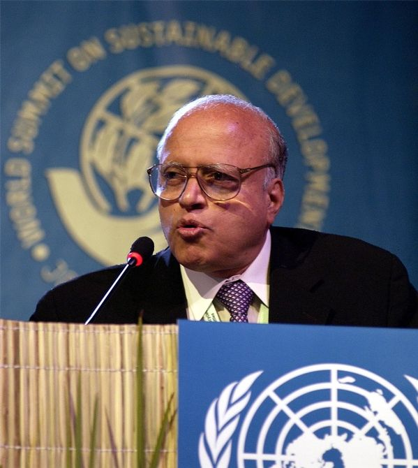 Dr. Monkombu Sambasivan Swaminathan received the first World Food Prize in 1987 for spearheading the introduction of high-yielding wheat and rice varieties to India's farmers.