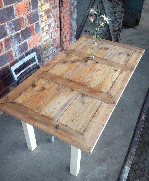Esstische - Tisch im Landhaus-Stil aus Bauholz Svenja - ein Designerstück von FraaiBerlin bei DaWanda