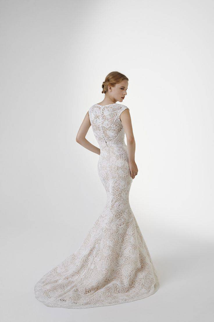 EMMA: Mermaid dress in embroidered tulle with detachable overskirt in tulle with beaded belt