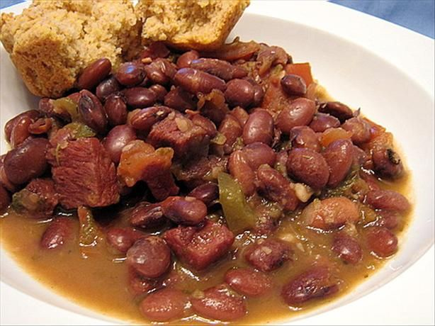 Southern Living Pinto Beans Recipe. Update 10 Apr 14 made this last night. Will now be my go to for beans. Great flavor. The husband even ate them as leftovers and he never eats leftovers.