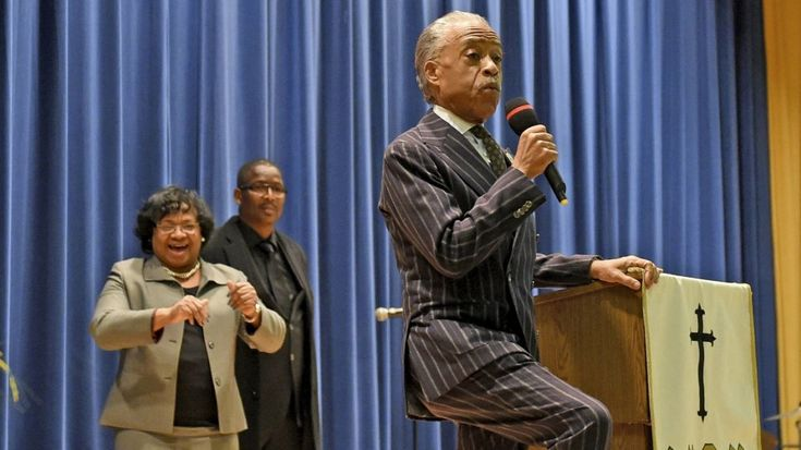 Sharpton offers message of inspiration in Central Islip sermon