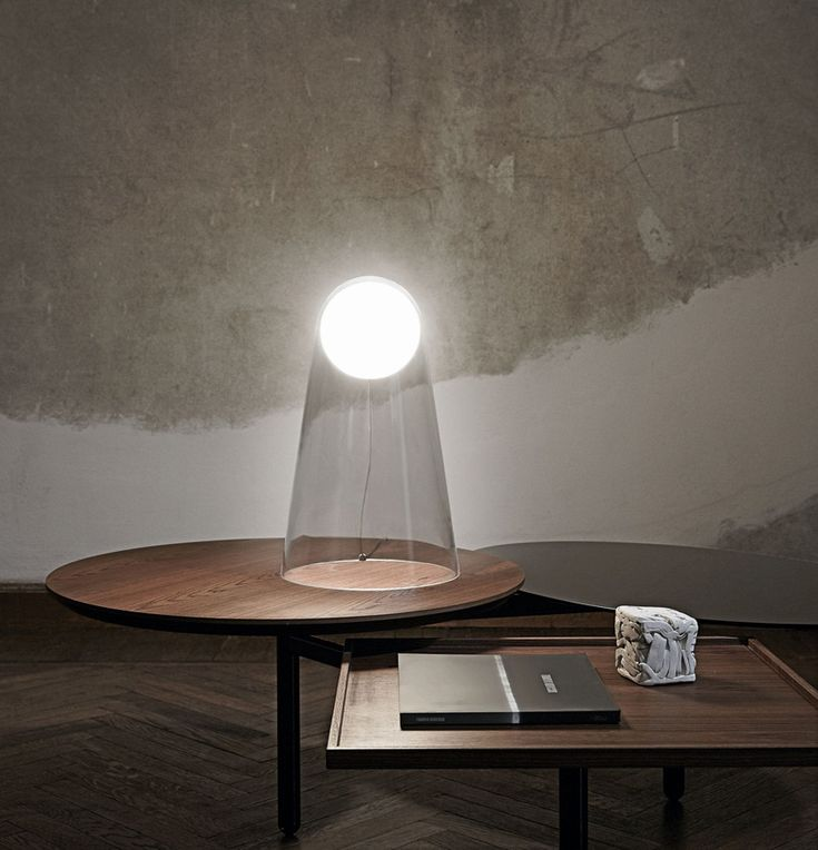 LED Tischlampe Satellight von Foscarini  #LED #Tischleuchte #Beleuchtung #Illuminazione #madeinitaly