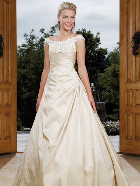 17 best images about simple wedding dresses on pinterest for Simple cream wedding dresses