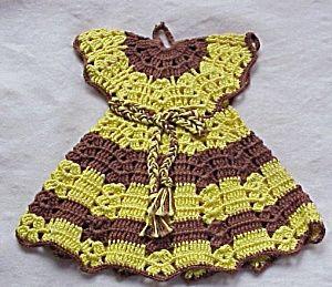 vintage crocheted dress pot holder pattern