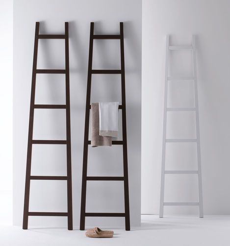 Ladder towel rack / floor-standing / wood MOHELI ORIZZONTI ITALIA