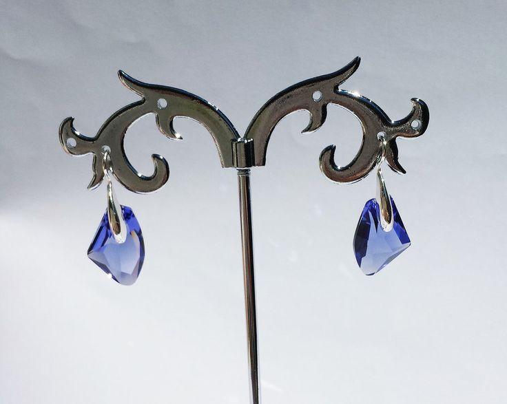 Orecchini in argento e cristalli Swarovski serie Galactic colore tanzanite (blu/viola), by Barbara Creations, 14,00 € su misshobby.com