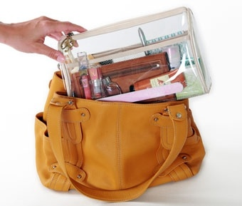 Sick of forgetting your favourite lippy when you switch bags? No need to worry any longer with the Borne Naked Bag Organise/ Liner. It sorts and manages all your handbag essentials.