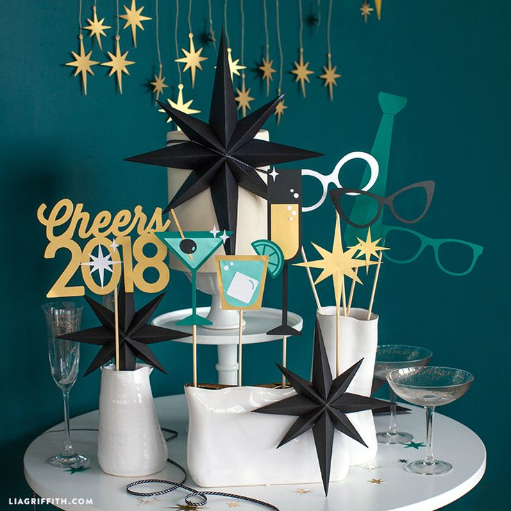 Papercut_New_Years_Eve_Photo_Props.jpg (750×750)