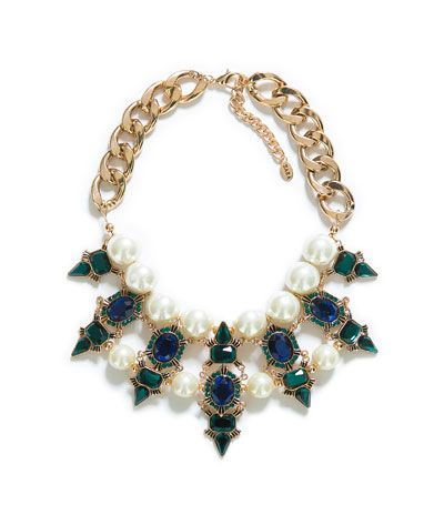 ZARA Jewel Necklace. Isn't this absolutely gorgeous? #GiftIdeas #ThankYouInAdvance :D