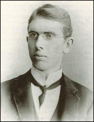 Theodore Dreiser in 1890s, American novelist. Sister Carrie, An American Tragedy