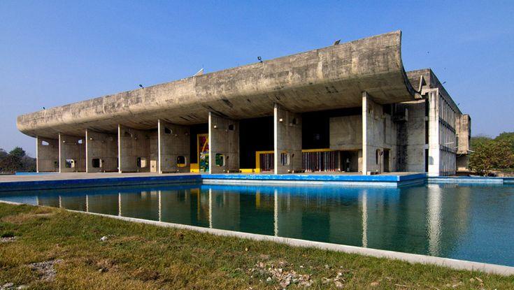 Ле Корбюзье / Le Corbusier. Дворец Ассамблеи (Palace of Assembly),Чандигарх (Chandigarh), Индия. 1951-1962