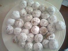 Bolitas de nuez sin horno / No-bake nut cookies