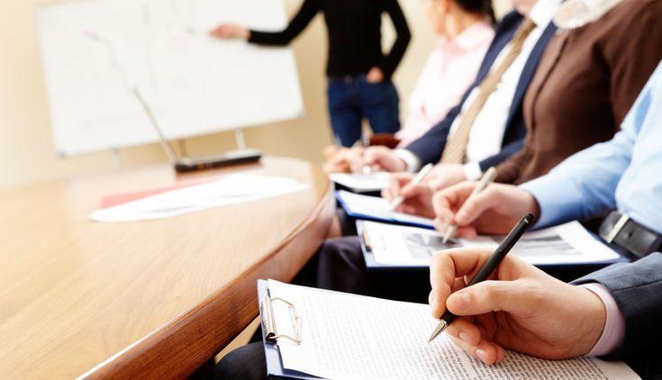 Diseñamos las acciones formativas a medida, específicas para cada empresa, con el fin de dar solución a sus necesidades. Las áreas de acción son:  • Formación en habilidades directivas • Especialización de equipos técnicos • Capacitación de personal base