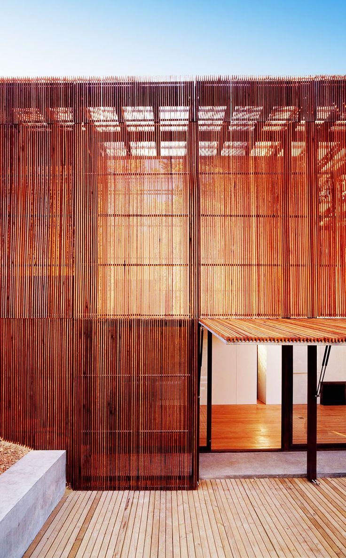 Sean Godsell Architects | Peninsula House | 200 - 2002 | Mornington Peninsula, Victoria, Australia | http://www.seangodsell.com