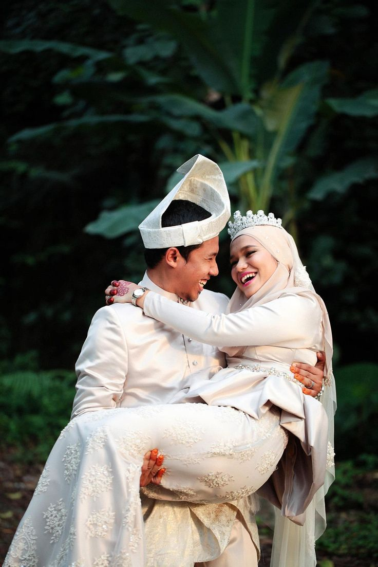 malay wedding outdoor shoot
