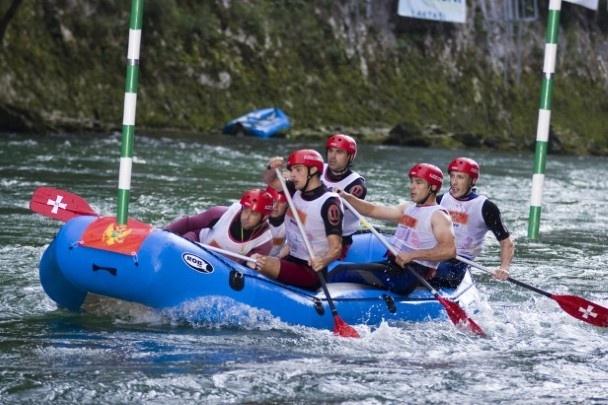 Het machtige landschap maakt van Montenegro ook een ideale bestemming voor de avontuurlijke reiziger. Wandelingen, mountenbiketochten, raften, bergbeklimmen,kajakken, duiken, fietsen, surfen, zeilen,…  Alles is er mogelijk.