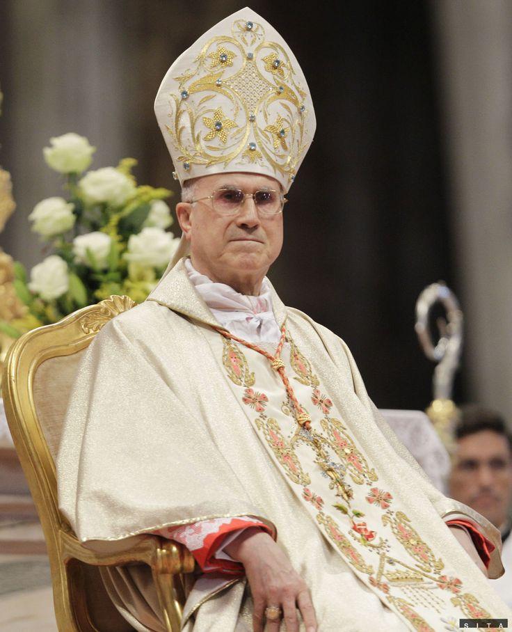Meno kardinála Bertoneho v obvinení nefiguruje,...