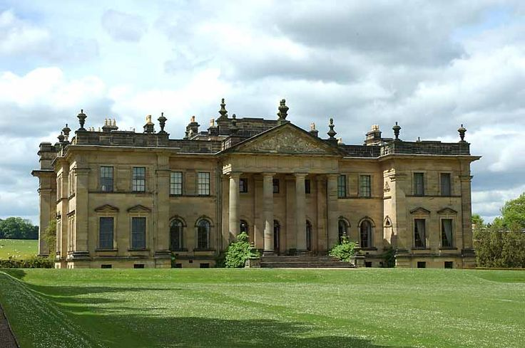 Duncombe Park, near Helmsley, North Yorkshire ------ used as the exterior of Angelfield House in The Thirteenth Tale (2013) and as Groby Hall in Parade's End (2012)