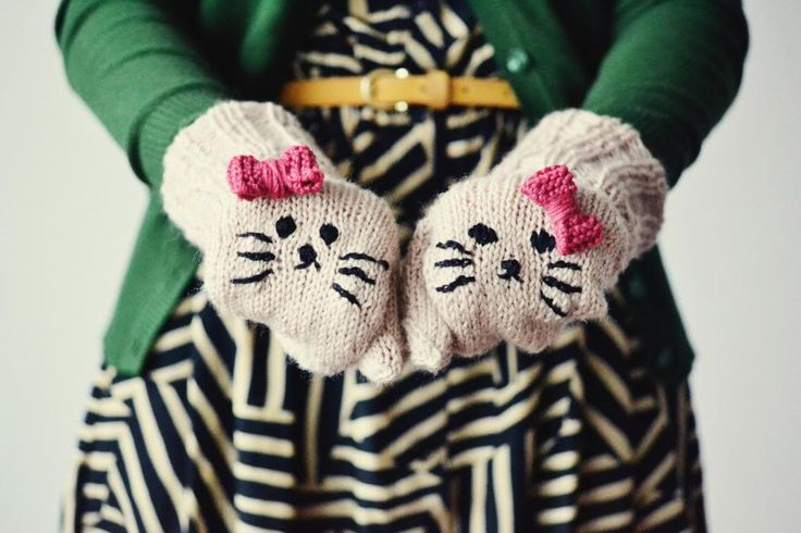 Squeaky Swing mittens