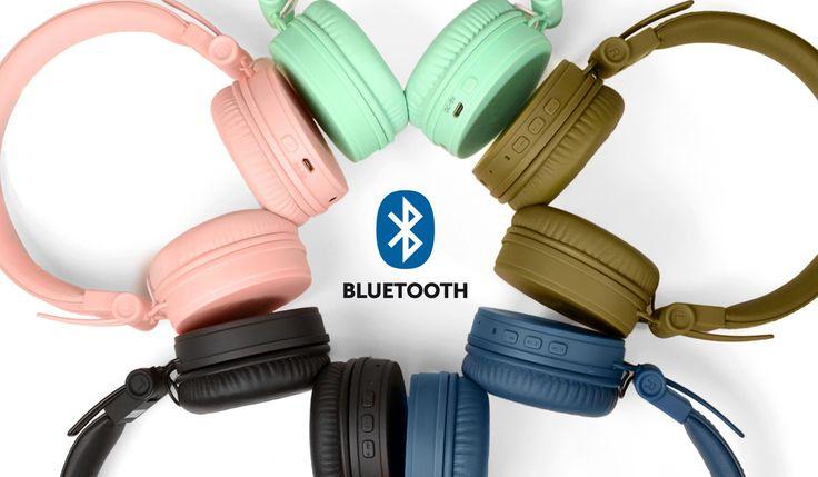 Nuove uscite in casa Fresh'n Rebel: Caps Wireless Headphones belle, colorate e Bluetooth. Scopri le migliori offerte su idealo.it http://www.idealo.it/confronta-prezzi/4970092/fresh-n-rebel-caps-wireless-headphones.html